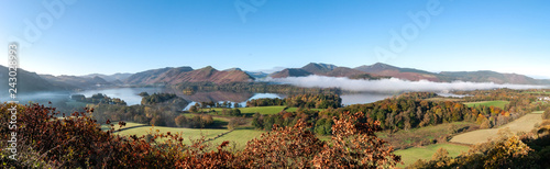 Panorama of Derwent Water, Lake District in Autumn colours with cloud inversion Canvas-taulu
