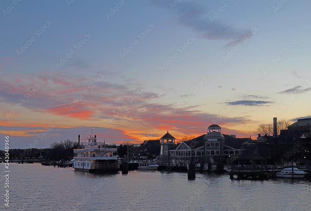 Fototapeta Boats and waterfront of Alexandria, Virginia