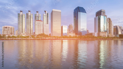 Keuken foto achterwand Stad gebouw Office building river front with blue sky background