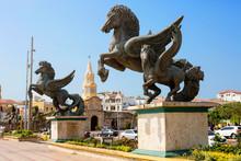 Cartagena, Colombia, Statues O...