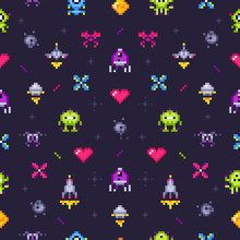 Old Games Seamless Pattern. Re...