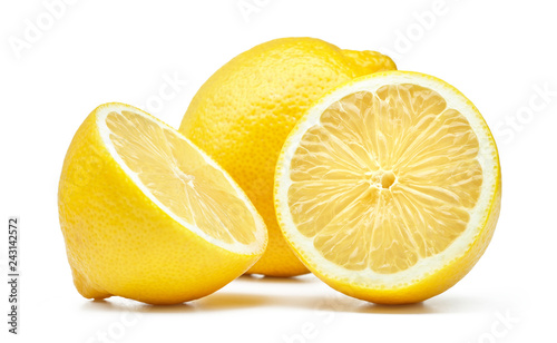 Fotografia lemon isolated on white background