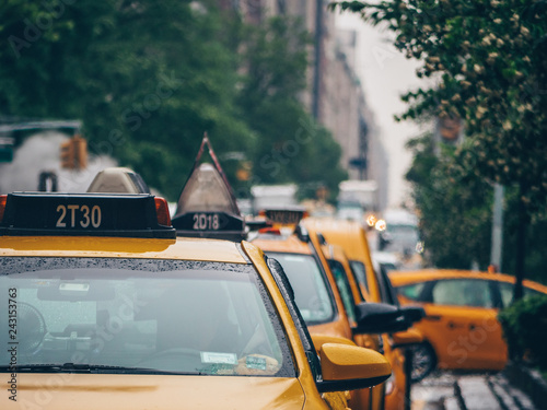 Tuinposter New York TAXI Yellow taxis in New York City