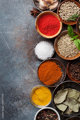 Foto op Canvas Aromatische Set of various spices and herbs