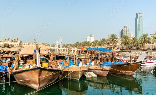 Printed kitchen splashbacks Coast Traditional fishing boats in Kuwait City