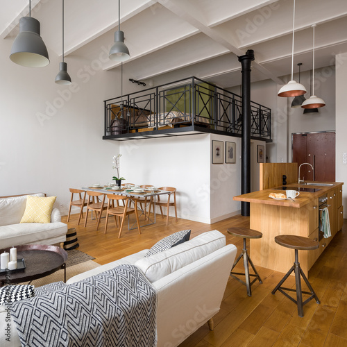 Studio flat with mezzanine – kaufen Sie dieses Foto und ...