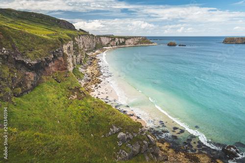 Fototapeta premium Biała piaszczysta plaża Irlandia Północna