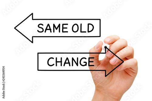 Fotografía  Same Old Or Change Arrows Concept