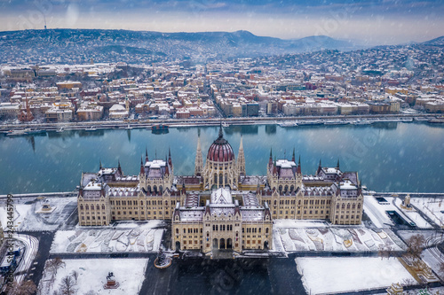 Budapest, Hungary - Aerial view of the Parliament of Hungary at winter time with Canvas Print