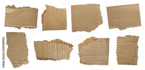 Fotografija  Morceaux de carton ondulé déchirés