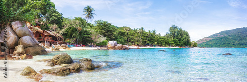 Foto auf Gartenposter Landschaft Panorama of asian paradise beach in Thailand
