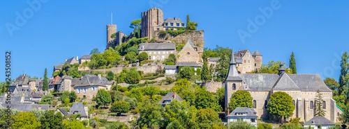 Photo village perché de Turenne, Corrèze, France