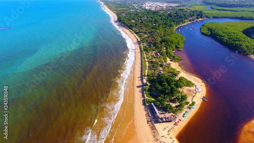Photo Caraíva, Bahia, Brazil: Aerial view of a beautiful beach with two colors of water