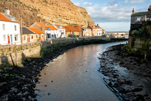 Staithes Harbour, North Yorksh...