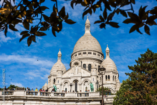 Photo  Sacre Coeur Cathedral on Montmartre Hill in Paris, France