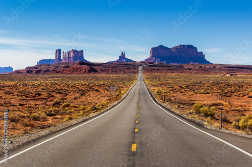 Poster Route 66 Monument Valley seen from Forrest Gump Point