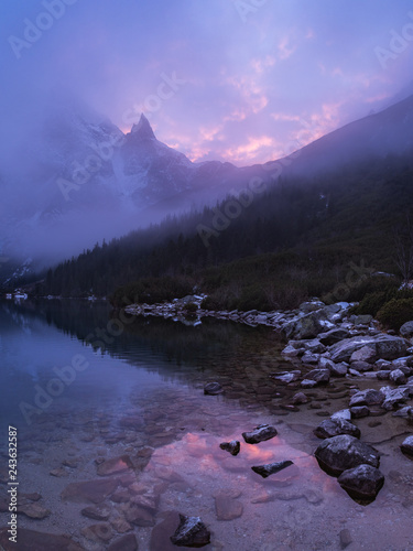 Tuinposter Purper pink sunset and lake in mountains