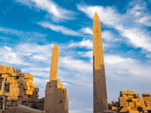 Obraz na plátne The Great Obelisk at Karnak and Karnak Temple rins before sunset