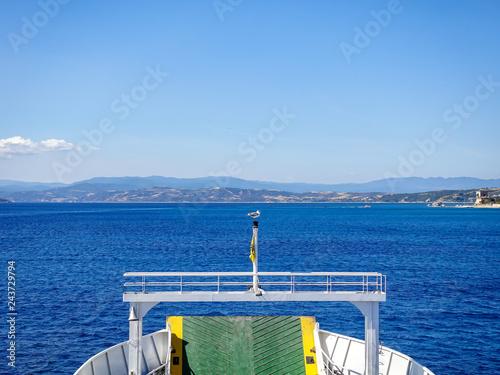 Fotografie, Obraz  Pilgrimage of believers by ferry to Mount Athos