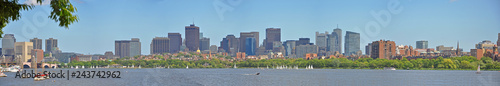 Foto Boston Financial District Skyscrapers panorama, from Charles River at Cambridge, Boston, Massachusetts, USA