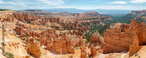 Canvas Panorama view of Bryce Amphitheater from Sunrise Point of Bryce Canyon National