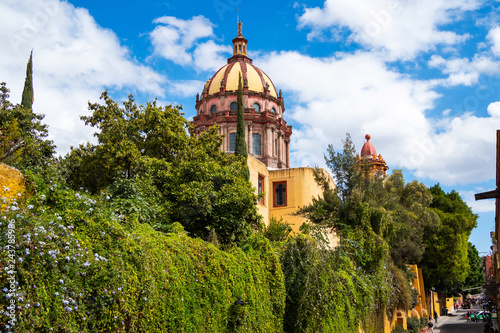 Fotografia  San Miguel de Allende, Mexico, Church of the Immaculate Conception During Daytim