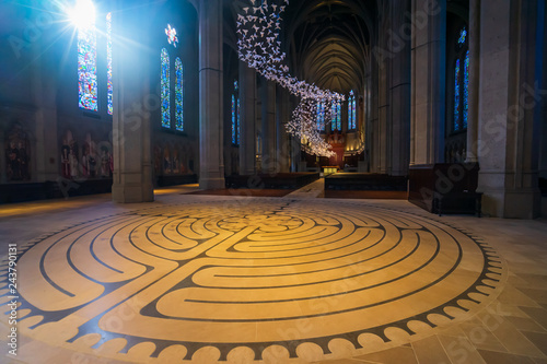 Obraz na plátně  Inside Grace Cathedral in San Francisco
