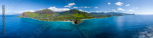 Fotobehang Kust Aerial panorama of the west coast of Oahu near Makaha Valley, Hawaii
