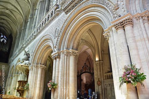 Poster Monument Nef de la cathédrale de Bayeux, France