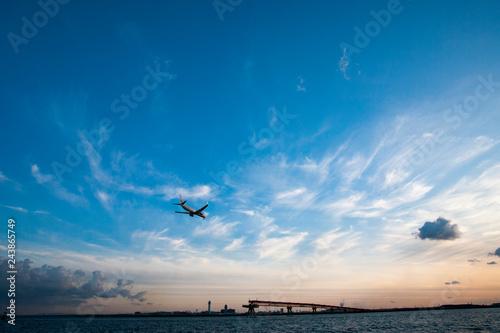 Fotografia  夕焼けに向かっての着陸
