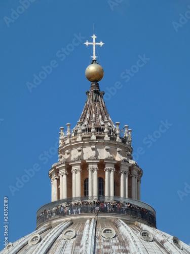 Photo Museos Vaticanos, plaza y Basílica de San Pedro, Roma, Italia.