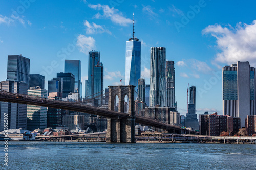 Brooklyn Bridge and New York skyline - 243925107