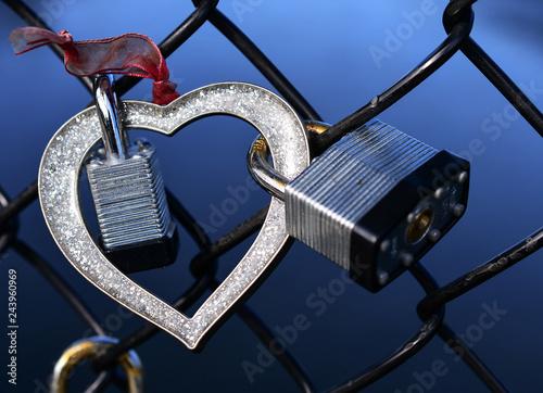 Fotografia, Obraz  Love linked together