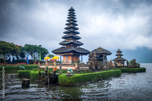 Deurstickers Asia land Pura Ulun Danu Bratan temple, bedugul, Bali, Indonesia
