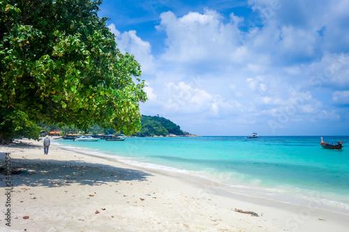 Deurstickers Asia land Tropical beach in Koh Lipe, Thailand