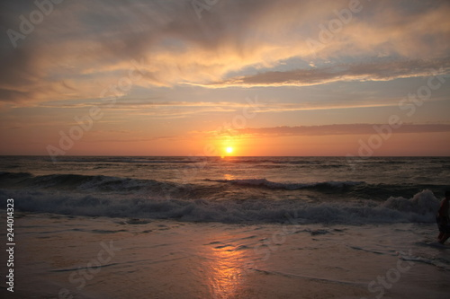 Foto op Aluminium Zee zonsondergang Puesta de sol