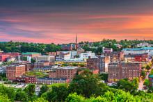 Lynchburg, Virginia, USA Downtown City Skyline