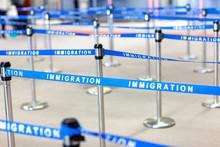 入国 移民 管理 空...