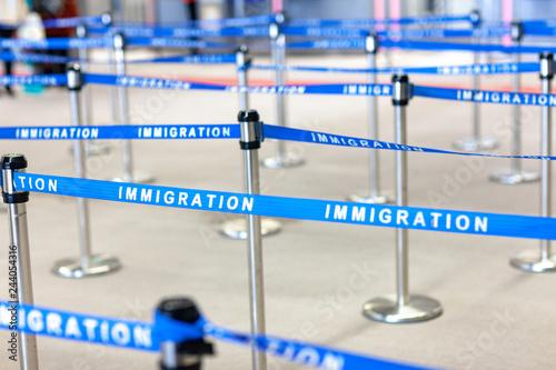 入国 移民 管理 空港 Canvas Print