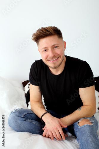 Fotografie, Obraz  ritratto di giovane uomo