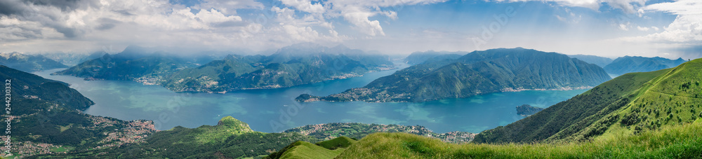 Fototapety, obrazy: Panoramic view of Lake Como as seen from  Monte Crocione summit,