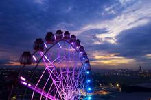 Beautiful Scenery Of Ferris Wheel With Twilight Sky