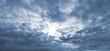 canvas print picture - Der Himmel reißt auf Hintergrund blau