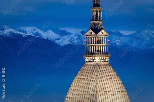 Fotografie, Obraz Turin (Torino), Mole Antonelliana and Alps