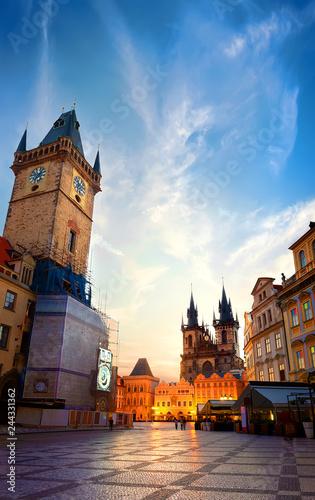 Spoed Foto op Canvas Krakau Prague chimes and Tynsky temple