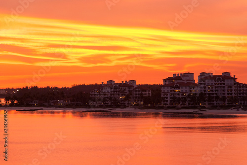 Papiers peints Corail Red Color Sunset In Miami