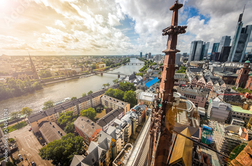 Fotografía  Aerial view over the river Main from the Main Tower in Frankfurt am Main in Germany