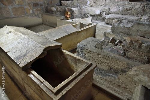 Carta da parati The tomb of St
