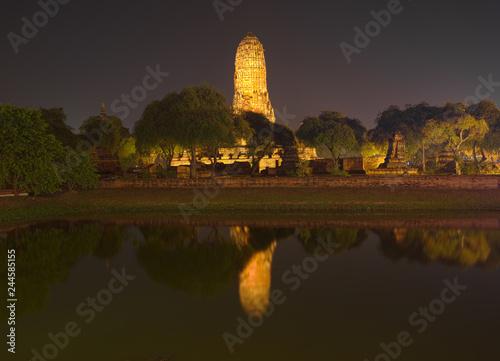 Deurstickers Asia land Wat Phra Ram Temple at night in Ayuthaya