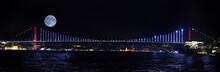 İstanbul Bosphorus Bridge , F...